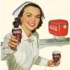 コカ・コーラをお勧めする看護婦たち