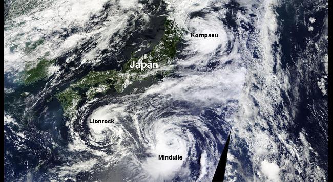 2016-08-22-typhoons-2